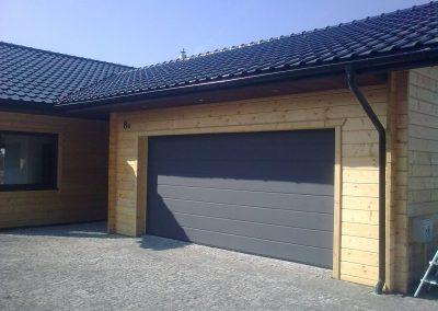 Dom z drewna w okolicach Lubina